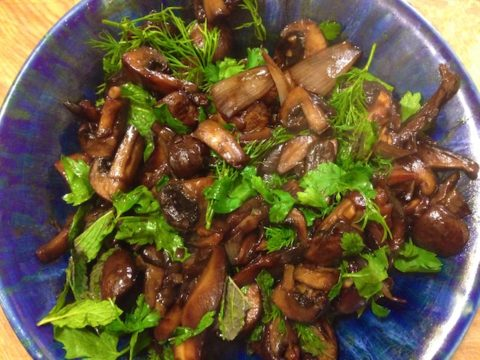 Balsamic Roasted Mushrooms (Recipe)
