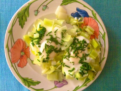 Eggs Steamed in Leeks (Recipe)