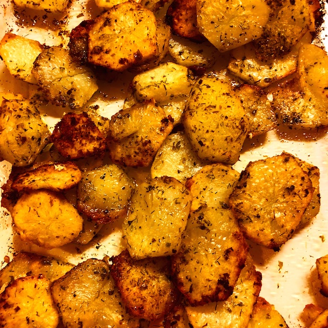 Crispy Herbed Potatoes (Recipe)