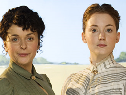 Larkrise to Candleford review