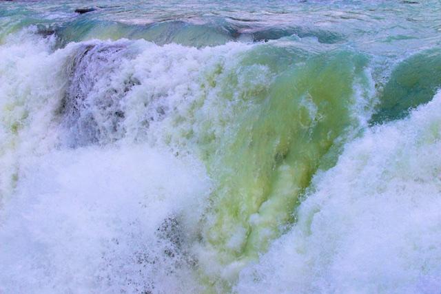 Photos of Athabaska Falls