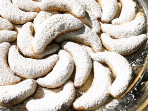 Almond Crescent Cookies (Recipe)