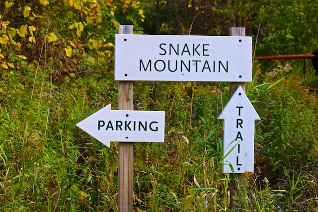 Hike to the top of Snake Mountain photos