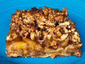 Apple Maple Crumble Bars (Recipe)