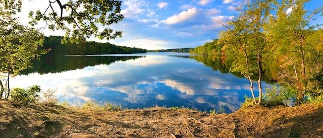 Hike around Taghkanic Lake