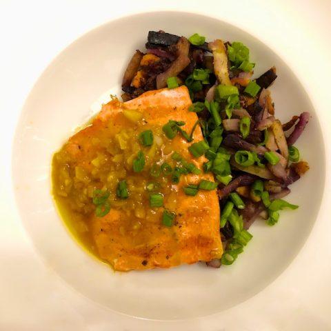 Grilled Salmon with Garlic Lemon Sauce Recipe