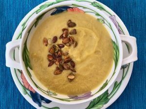 Cauliflower Soup with Toasted Pumpkin Seeds (Recipe)