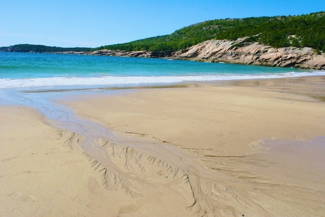 Life's a Beach poem by Polly Castor